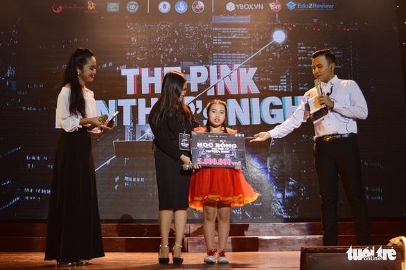 Đêm nhạc từ thiện gây quỹ cùng Ước mơ của Thúy - Ảnh 6.