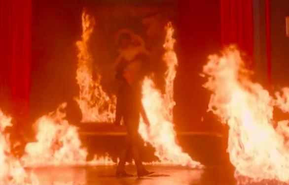 Đốt tranh Đức Mẹ sầu bi, Sơn Tùng M-TP có phải muốn đốt đền? - Ảnh 11.