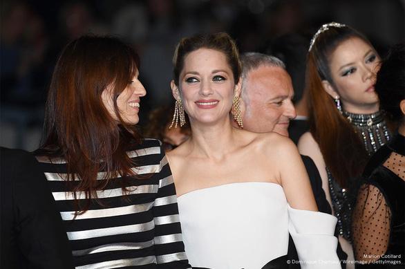 Phim Angel Face mà Lý Nhã Kỳ góp vốn bị chê ở Cannes - Ảnh 3.