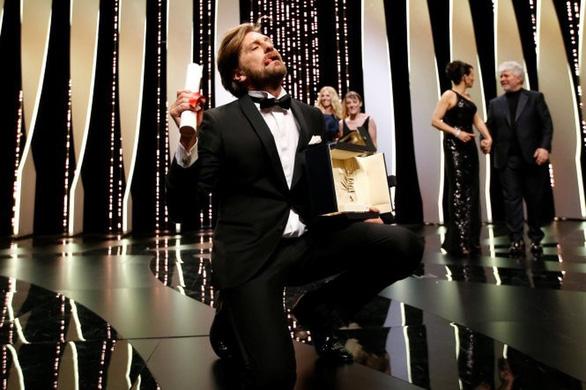 Cannes 2018: Nhìn lại phim đoạt Cành Cọ Vàng 2017 - Ảnh 7.