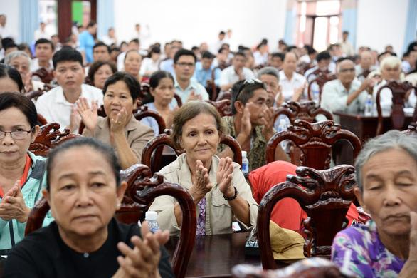 Bí thư Nguyễn Thiện Nhân hứa gặp dân Thủ Thiêm sau họp Quốc hội - Ảnh 2.