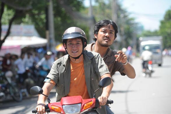 Quyền Linh, Huy Khánh… bàng hoàng thương vong hiệp sĩ đường phố - Ảnh 4.