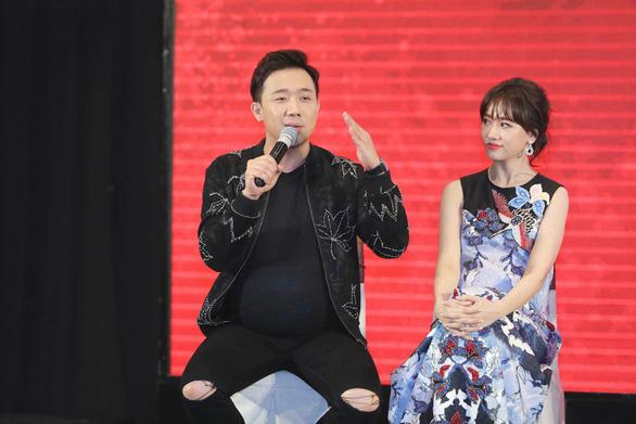 Kỳ Duyên, Hari Won mang bầu cùng Hứa Vĩ Văn, Trấn Thành - Ảnh 3.