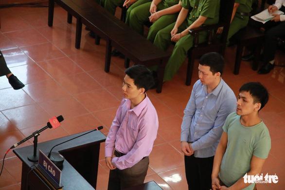 Xét xử bác sĩ Lương: Yêu cầu triệu tập cựu GĐ bệnh viện không được đáp ứng - Ảnh 1.