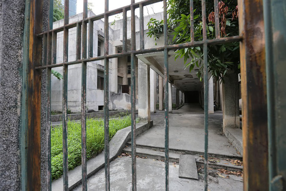 Khu Nhà ma nổi tiếng Hà Nội bỏ hoang 27 năm có chủ mới  - Ảnh 3.