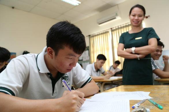 Thủ tục ngáng chân nhà đầu tư giáo dục - Ảnh 1.
