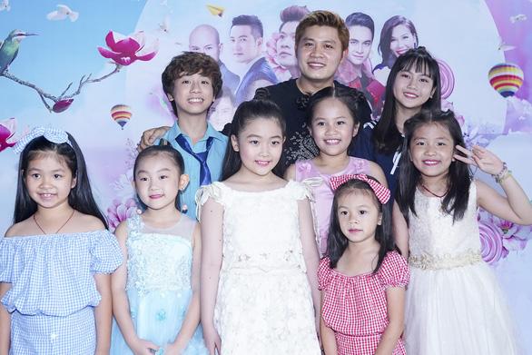 Nhạc sĩ Nhật ký của mẹ làm liveshow miễn phí cho trẻ em - Ảnh 1.