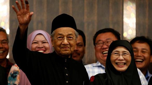 Chính trị gia đối lập Malaysia được nhà vua xóa sạch tội - Ảnh 2.