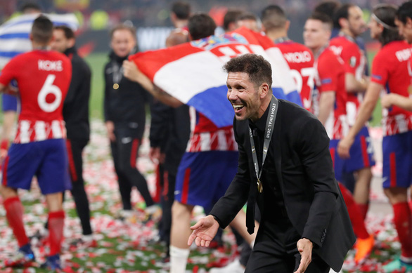Atletico Madrid ăn mừng chức vô địch Europa League - Ảnh 8.