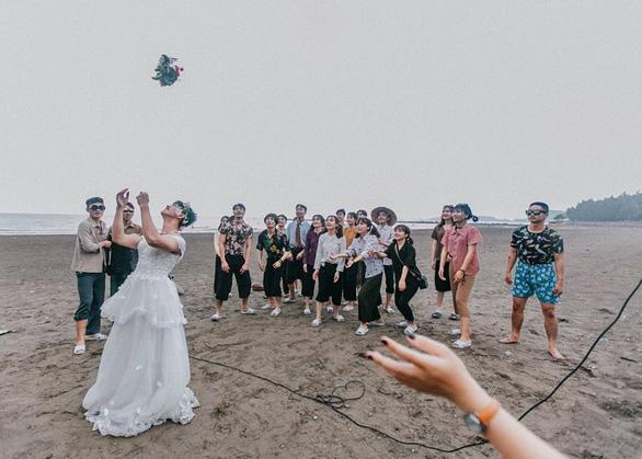 Ảnh kỷ yếu phong cách 'đám cưới miền quê' của teen Hải Phòng - Ảnh 3.