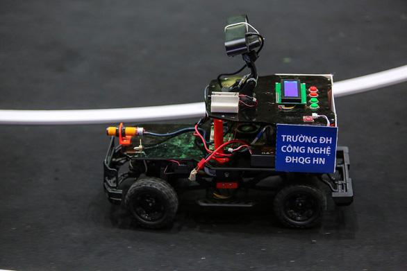 Trường ĐH Công nghệ vô địch cuộc thi lập trình xe tự hành - Ảnh 5.