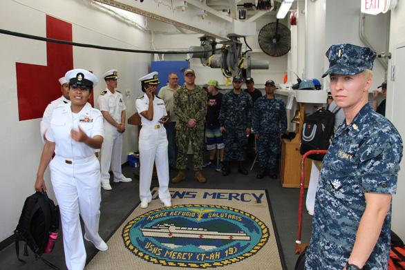 Siêu bệnh viện USNS Mercy của Hải quân Mỹ đến Nha Trang - Ảnh 19.