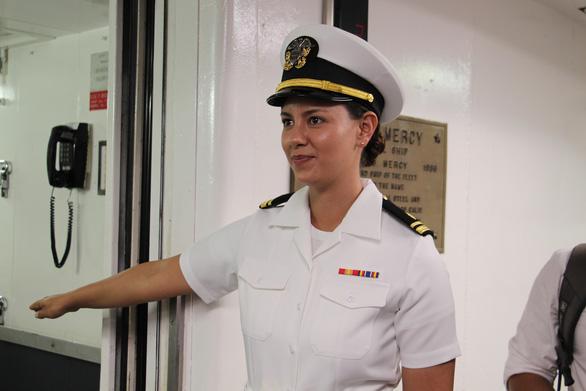 Siêu bệnh viện USNS Mercy của Hải quân Mỹ đến Nha Trang - Ảnh 17.