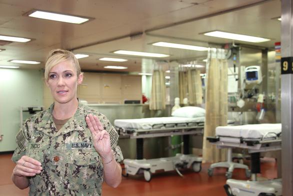 Siêu bệnh viện USNS Mercy của Hải quân Mỹ đến Nha Trang - Ảnh 27.