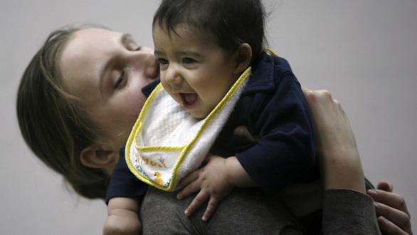 Phụ nữ Mỹ ngày càng ít thiết tha chuyện con cái - Ảnh 1.