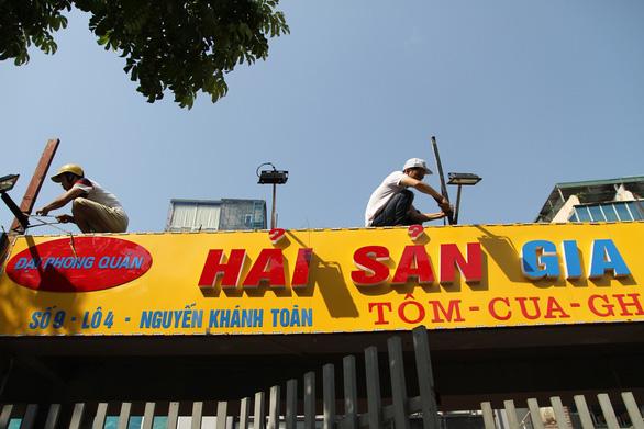 Hà Nội phá dỡ loạt nhà hàng sang chiếm đất mương cống hóa - Ảnh 5.
