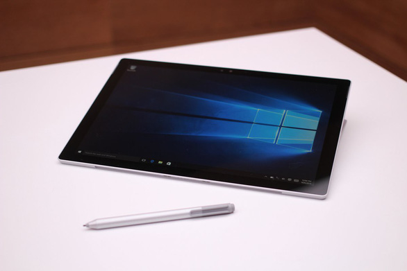 Microsoft chuẩn bị tung máy tính bảng 400 USD cạnh tranh Apple - Ảnh 1.