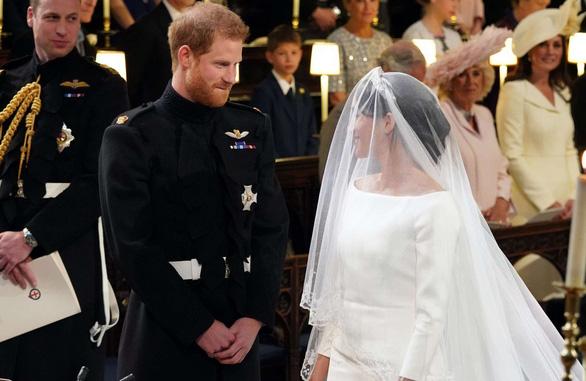 Những khoảnh khắc đẹp nhất của đám cưới Hoàng gia - Ảnh 6.