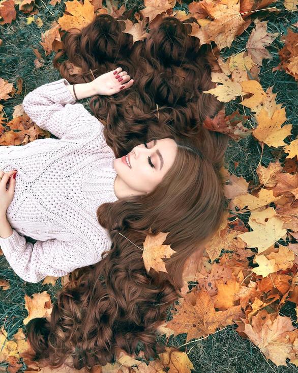 Cô gái gốc Việt gây sốt vì mái tóc như Công chúa tóc mây - Ảnh 3.