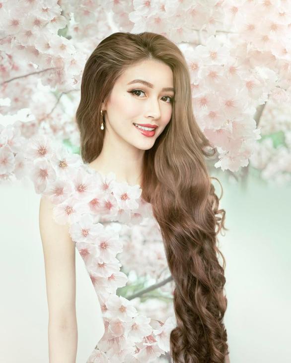 Cô gái gốc Việt gây sốt vì mái tóc như Công chúa tóc mây - Ảnh 5.