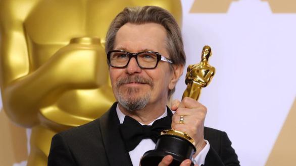 Đạo diễn lừng danh Christopher Nolan kể chuyện làm phim tại Cannes - Ảnh 4.