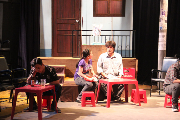 Giấc mơ lóng lánh từ hẻm nhỏ Sài Gòn của sân khấu 5B - Ảnh 3.