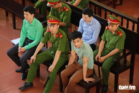 Gia đình nạn nhân đề nghị tòa tuyên bác sĩ Lương vô tội - Ảnh 1.