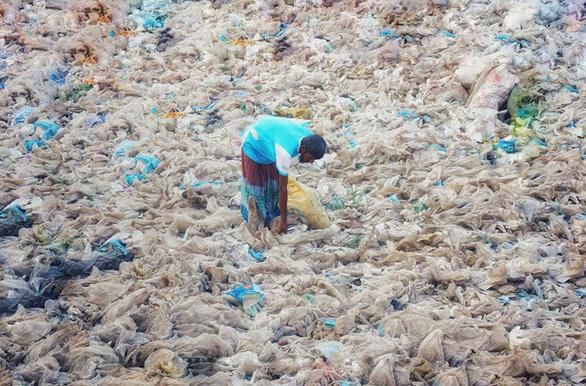 Ám ảnh vì thế giới ngập trong rác thải nhựa - Ảnh 7.