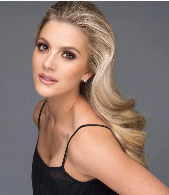 Cô gái 1m65 đăng quang hoa hậu Mỹ với phần thi ứng xử xuất sắc - Ảnh 2.