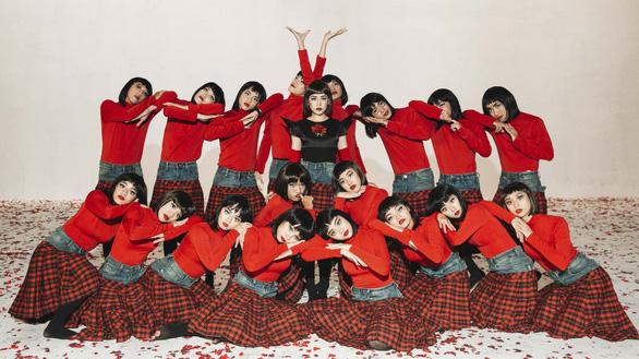 Chi Pu ra mắt MV chính thức của Đoá hoa hồng - Ảnh 4.