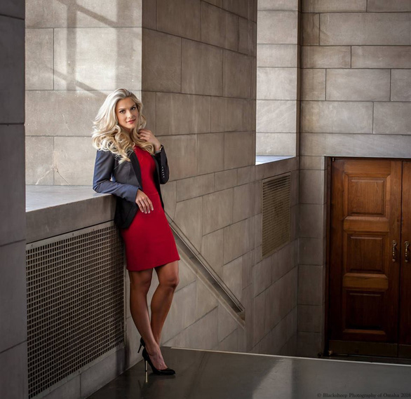 Cô gái 1m65 đăng quang hoa hậu Mỹ với phần thi ứng xử xuất sắc - Ảnh 4.