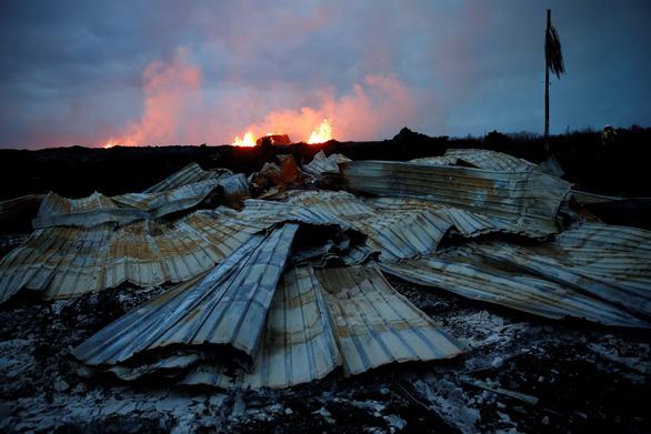 Núi lửa ở Hawaii bắt đầu thiêu cháy đầy cuồng nộ - Ảnh 2.