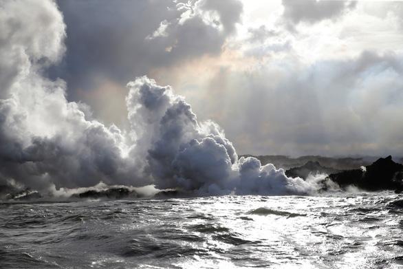 Núi lửa ở Hawaii bắt đầu thiêu cháy đầy cuồng nộ - Ảnh 6.