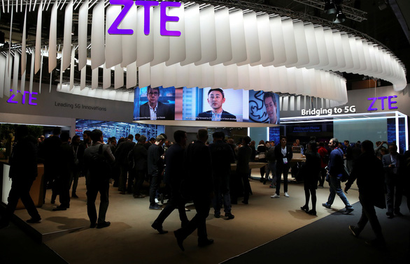 Ông Trump cứu ZTE của Trung Quốc bất chấp phản ứng trong nước - Ảnh 1.