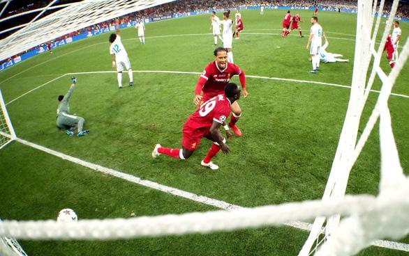 Nụ cười và nước mắt Champions League ở Kiev - Ảnh 10.