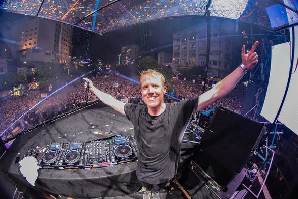 Phố đi bộ bùng nổ cùng dàn DJ quốc tế - Ảnh 3.