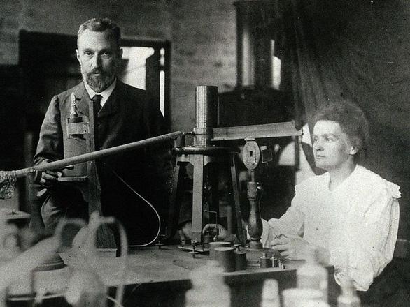 Lạ kỳ gia đình có 'gen' đạt giải Nobel - Ảnh 2.