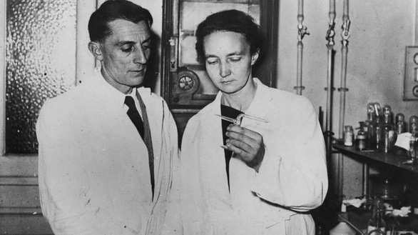 Lạ kỳ gia đình có 'gen' đạt giải Nobel - Ảnh 4.