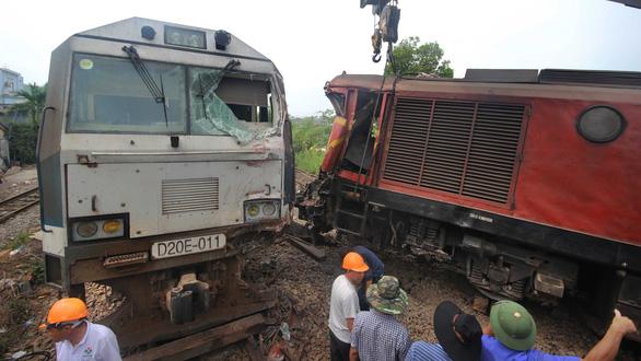 4 ngày 4 tai nạn: Chuyện gì đang xảy ra với ngành đường sắt? - Ảnh 1.