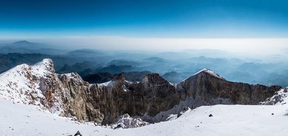 Đến Mexico chinh phục núi lửa phủ tuyết cao nhất Bắc Mỹ - Ảnh 1.