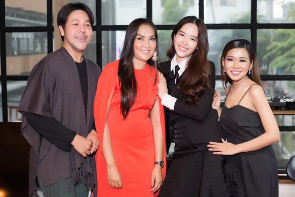 Nam Em gây bất ngờ khi hát tiếng Thái Lan - Ảnh 6.