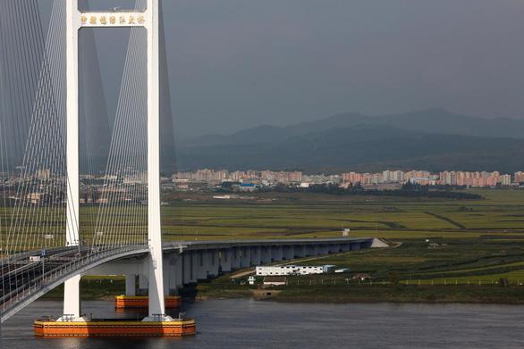 Biên giới Trung - Triều nhộn nhịp đón cơ hội 'vàng' từ Triều Tiên - Ảnh 3.