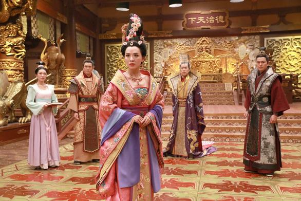 Thâm cung kế của TVB: từ cấm cửa đến khai ân - Ảnh 3.