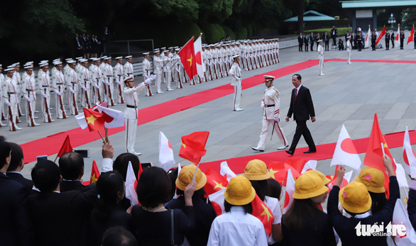 Nhà vua Nhật Bản đón Chủ tịch nước Trần Đại Quang ở hoàng cung - Ảnh 3.