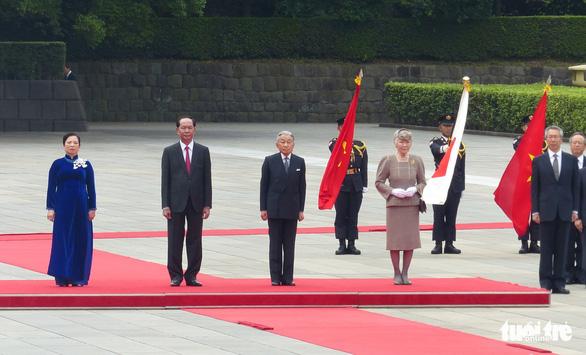 Nhà vua Nhật Bản đón Chủ tịch nước Trần Đại Quang ở hoàng cung - Ảnh 2.