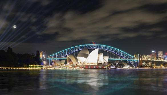 Rực rỡ đêm Sydney trong lễ hội ánh sáng - Ảnh 14.