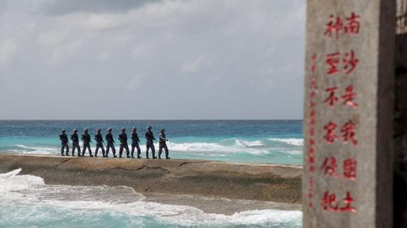 Trung Quốc cử học giả dự Đối thoại Shangri-La để tránh đối đầu về Biển Đông - Ảnh 1.
