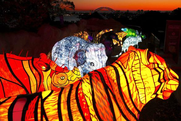 Rực rỡ đêm Sydney trong lễ hội ánh sáng - Ảnh 2.