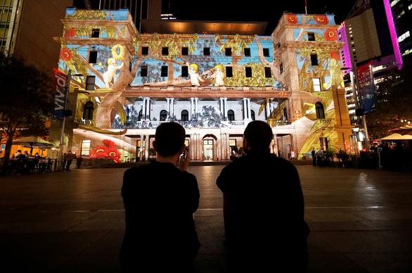 Rực rỡ đêm Sydney trong lễ hội ánh sáng - Ảnh 3.