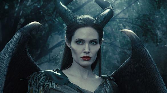 Angelina Jolie trở lại diễn xuất sau ồn ào ly hôn với Brad Pitt - Ảnh 4.